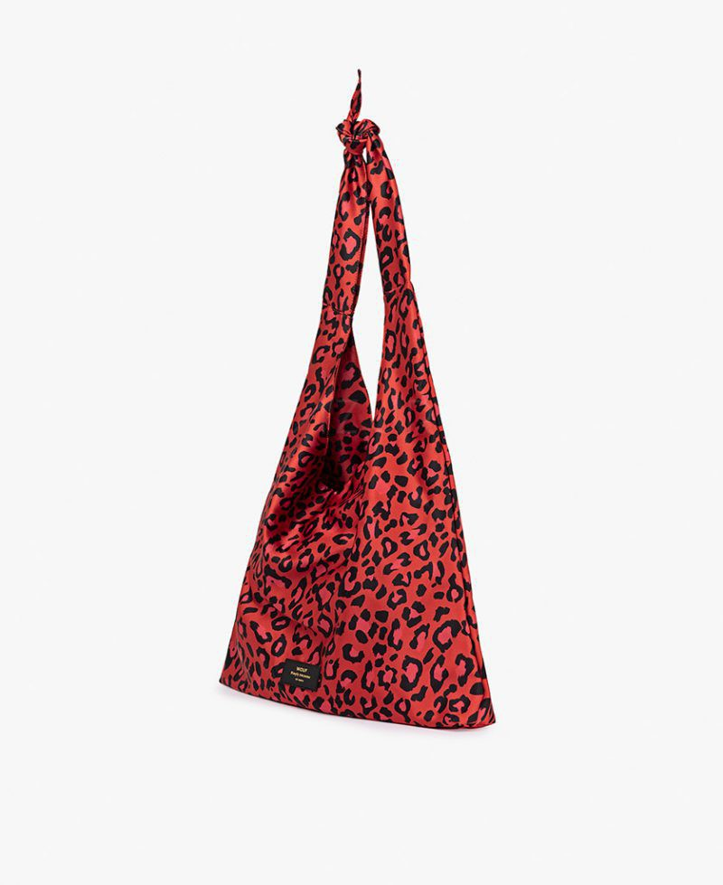 Red-Leopard-Tote-Bag-Lopsided-1